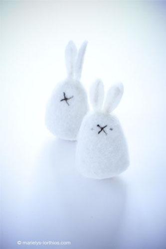 décoration de pâques, couvres oeufs lapin