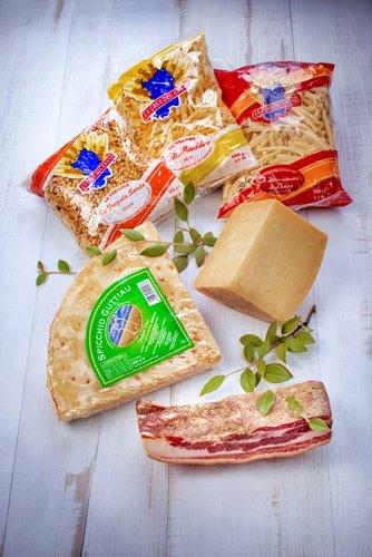 saveurs de sardaigne, charcuterie, fromage, pâte, pain