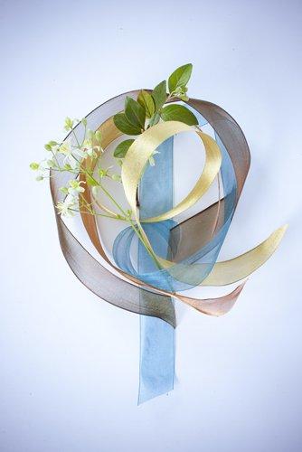 photographie professionnelle, composition florale avec ruban