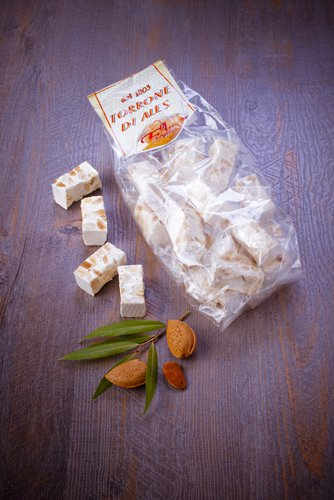 saveurs de sardaigne, nougat miel et amandes