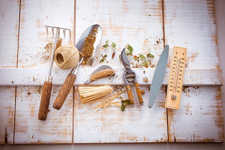 le-kit-du-materiel- jardinier