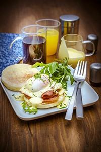 recette pour brunch oeufs parfaits façon Bénédicte et salade cuisine companion moulinex brunch recipes miniature