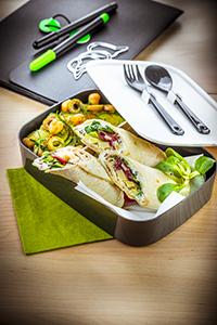 déjeuner au travail recette wrap maison salade de pois chiche et concombre companion moulinex lunch box miniature