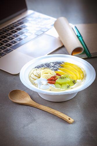déjeuner au travail recette smoothie bol au fruits frais et céréales companion moulinex lunch box
