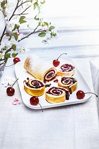 recettes en famille, gâteau roulée à la confiture de cerises miniature
