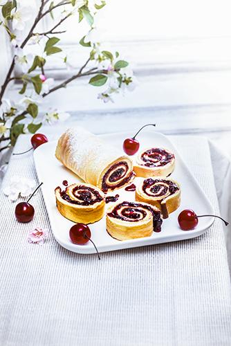 recettes en famille, gâteau roulée à la confiture de cerises