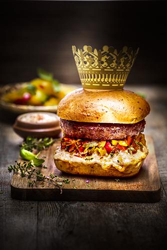 hamburger-saveurs du-sud-legumes-du-soleil-ambiance-macduc-saveur-du-sud-dijon