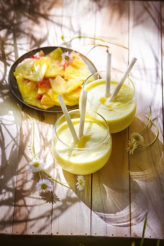 fraicheur des smoothies frais recette boisson pina-colada et carpacio recipes creamy pina colada and fruit salad