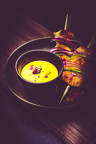 brochette-poulet-oignon-rouge-sauce-curry