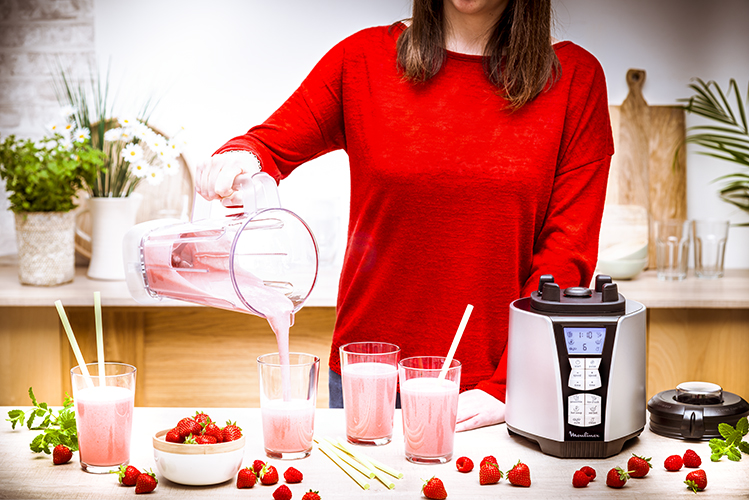 lifestyle-blender-recette-smoothie-rose-fruits-rouge