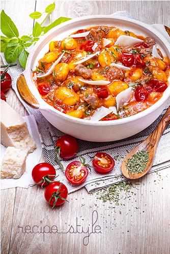 plat-unique-pomme-de-terre-boeuf-tomates-parmesan-crockpot-offre-recettes-photos-all-in-one