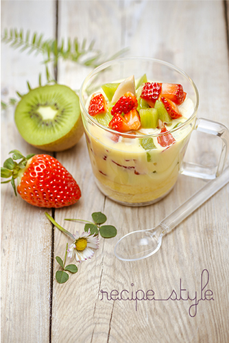 creme-vanille-macedoine-de-fruits-fraise-kiwi-offre-recettes-photos-all-in-one