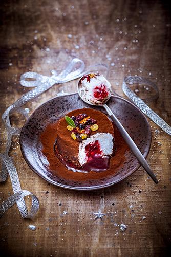 meringue-douce-a-la-confiture-de-framboises-recettes-speciales-noel