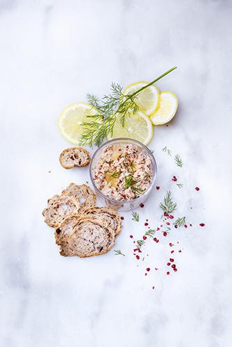rillette-saumon-aneth-et-poivre-rouge-recettes-herbes