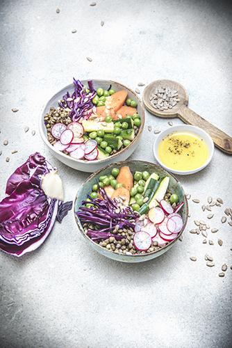 recettes-healthy-legumes-bowl-radis-chou-lentilles-carottes-petits-pois