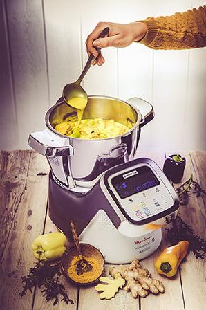 recettes-mijotes-revisites-mijote-de-lotte-lait-de-coco-curcuma-robot-main