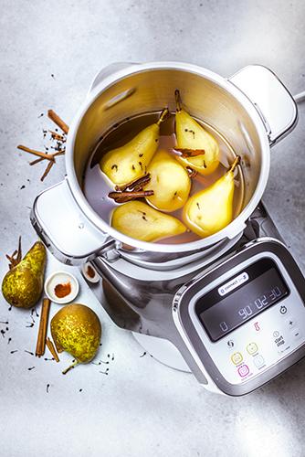 recettes-mijotes-revisites-poires-pochees-au-poivre-noir-sirop-agave-topshot