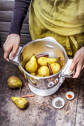 recettes-mijotes-revisites-poires-pochees-au-poivre-noir-sirop-agave