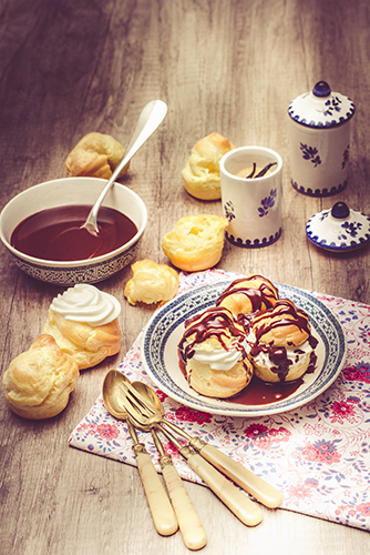 recettes-retro-profiteroles-chocolat-chantilly
