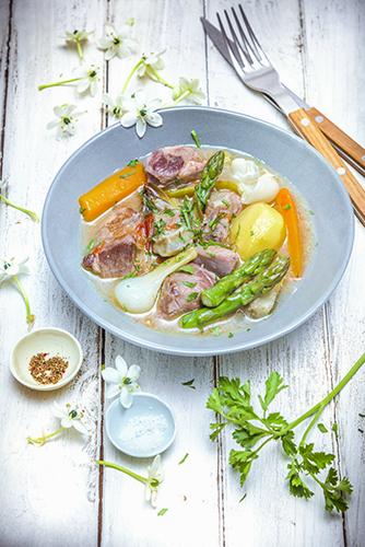 legumes-printemps-recettes-legumes-croquant-ragout-agneau-asperge-carottes-oignon-pomme-de-terre