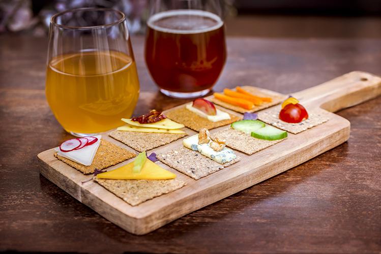 Crackers-Rebon-aperitif-planche-Photographe-professionnelle-Marielys-Lorthios.com