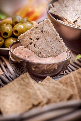 Crackers-Rebon-plateau-aperitif-olives-Photographe-professionnelle-Marielys-Lorthios.com